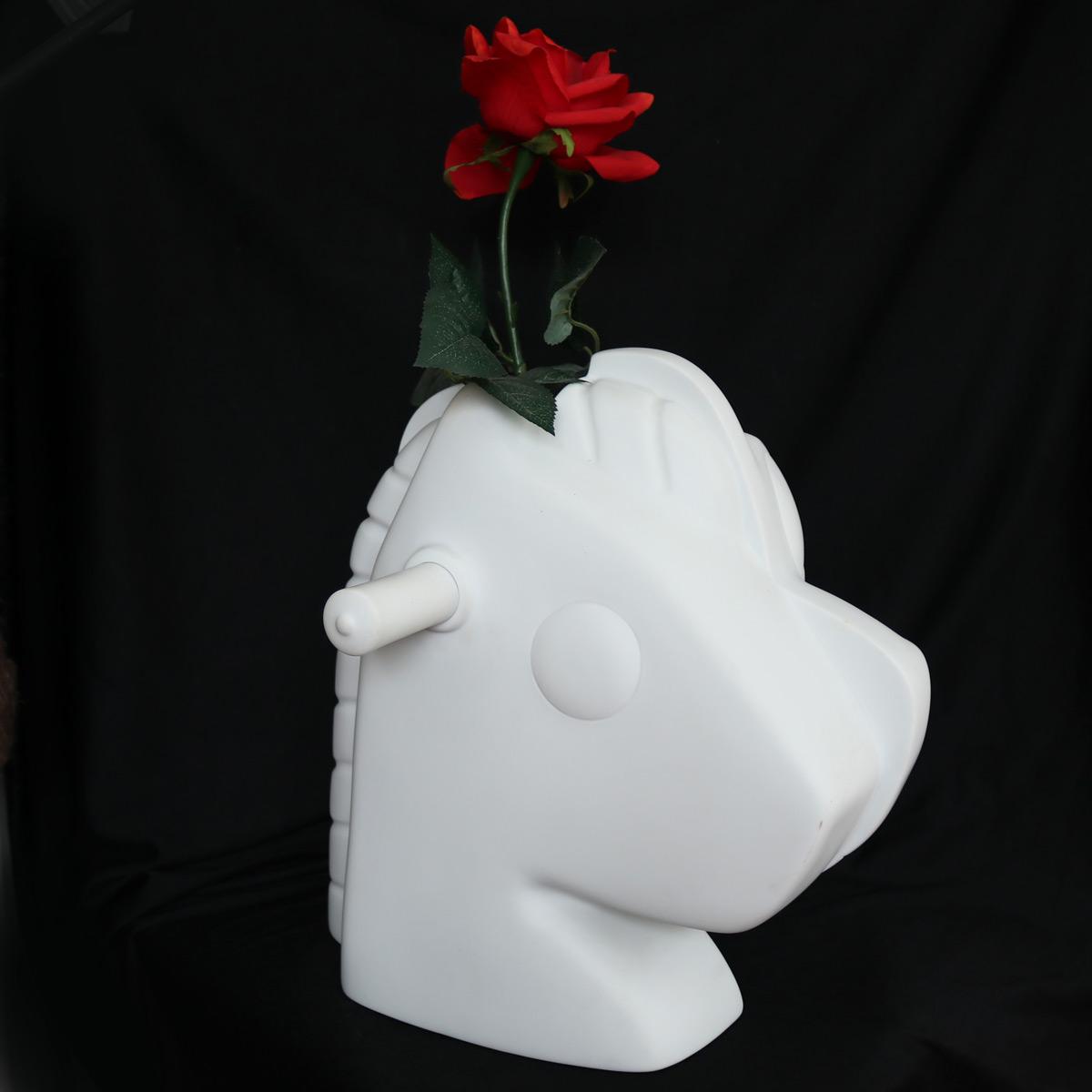 Jeff-Koons-Split-Rocker-Blumenvase